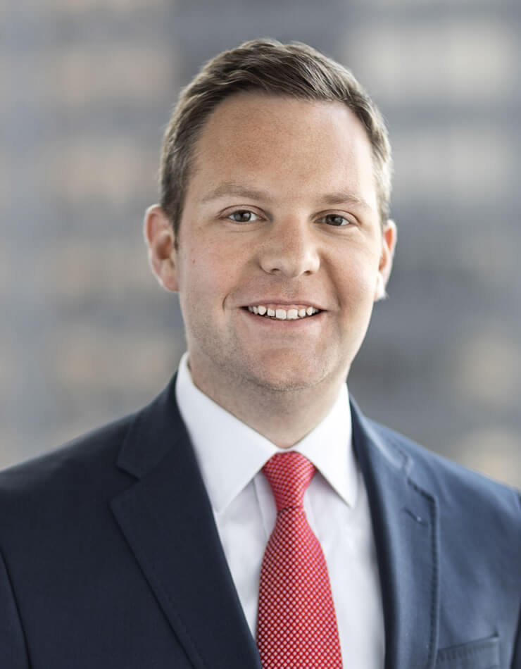Greg Cole- Fixed Income Investment Analyst- Headshot