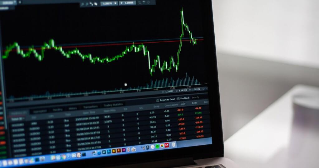 Market graph on a laptop
